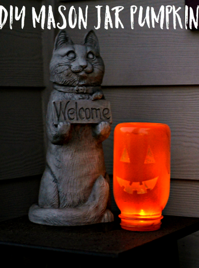 Not a huge fan of carving a pumpkin? Try out this DIY Mason Jar Pumpkin Craft!
