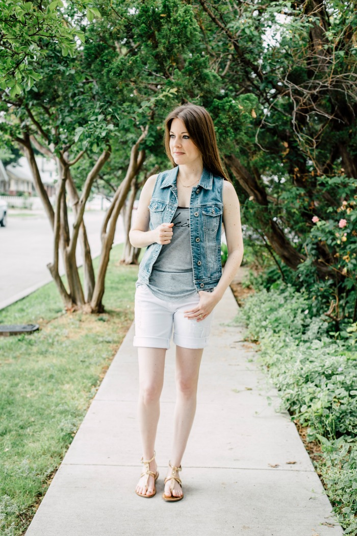 daa74576fd I m showing you how I styled a pair of white jean shorts that I ...