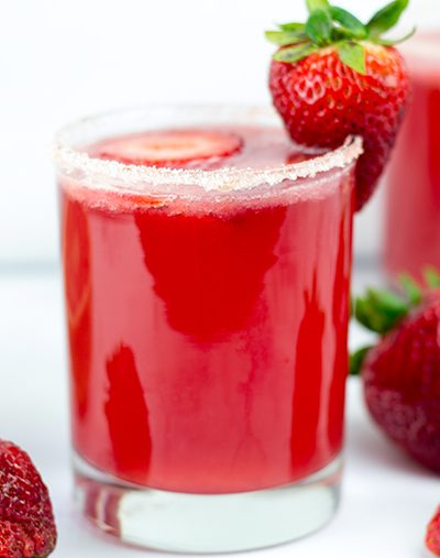 Strawberry Passion Paloma Moonshine